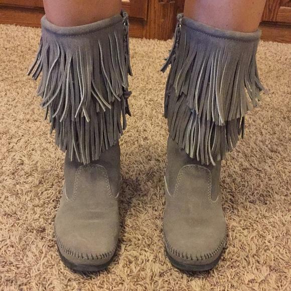 Minnetonka Shoes | Minnetonka Gray